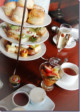afternoontea_ChateauLakeLoise
